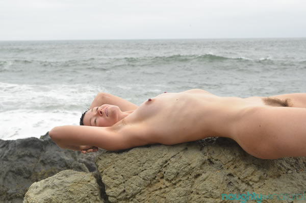 Jiz Lee Unshaven NaughtyNautral tide pool