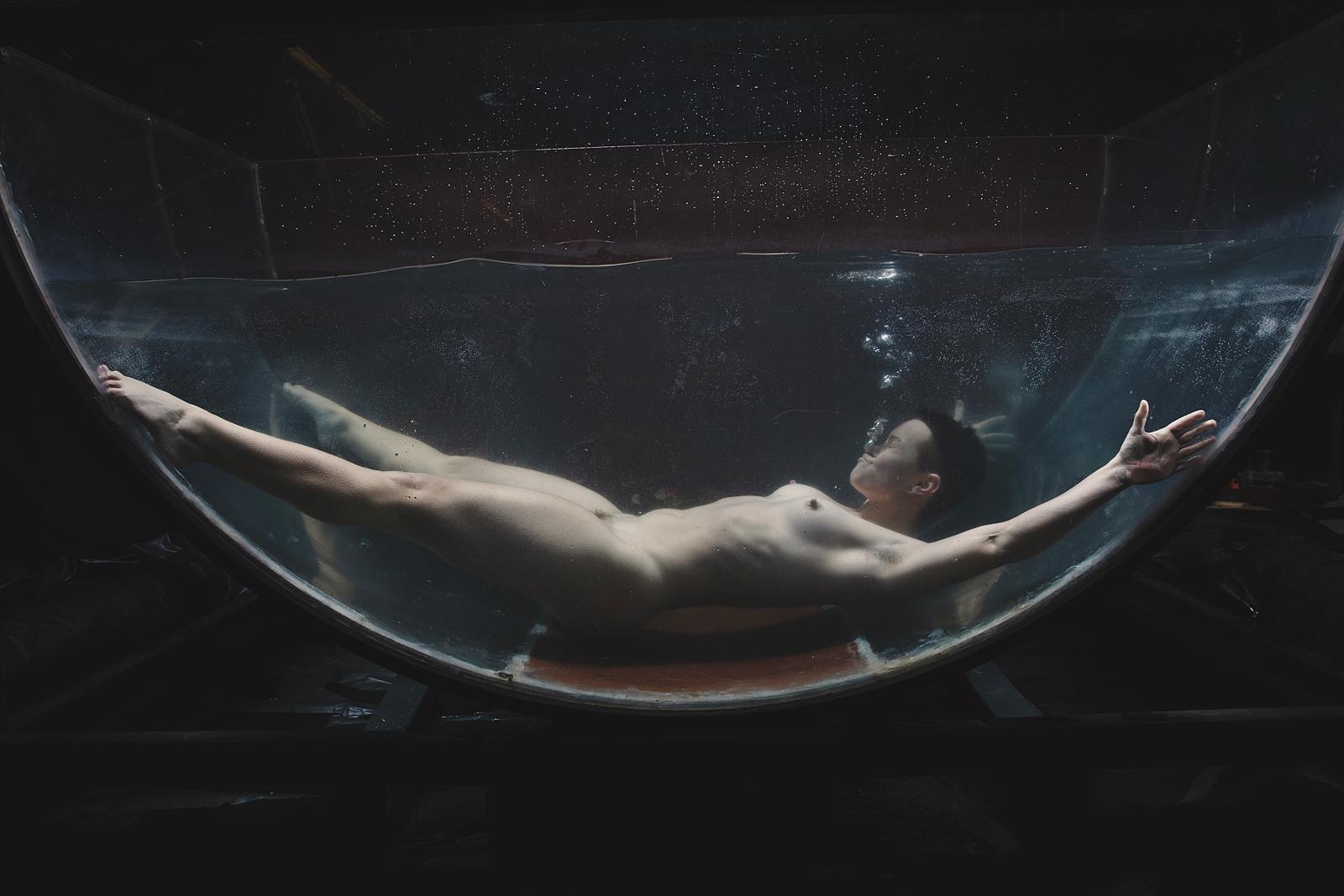 Jiz Lee underwater
